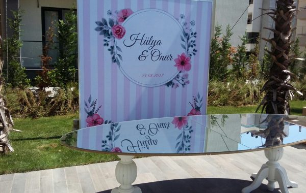 Weddings – tabelası